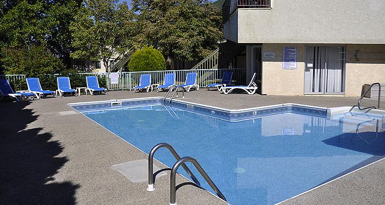 150910-1757-pool.jpg